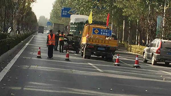 河北省廊坊市某主干道采用嘉格灌缝胶进行路面预防性养护
