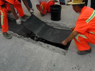 坑槽、铣剥接缝处理-坑槽接缝处理