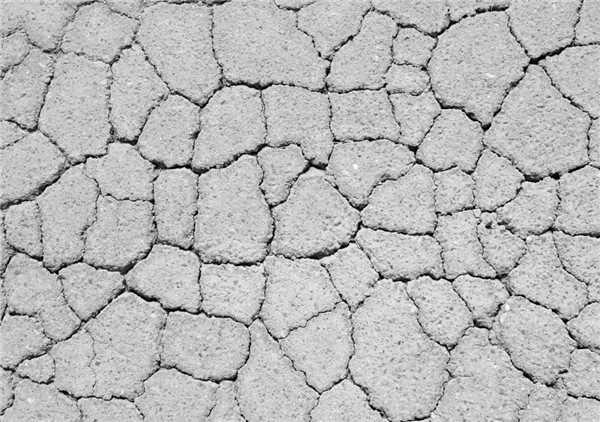 公路路面裂缝成因及修补材料灌缝胶贴缝带冷补料等
